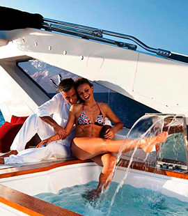 PRIVATE BOATS TOURS